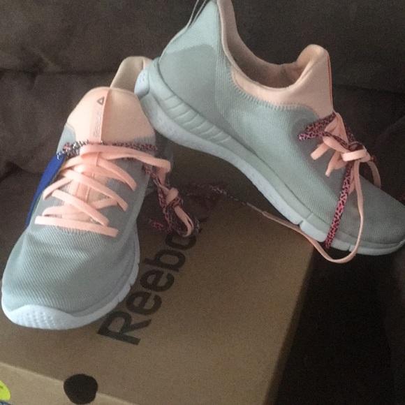 fd993b705f9057 Reebok BRAND NEW running shoes - 9.5